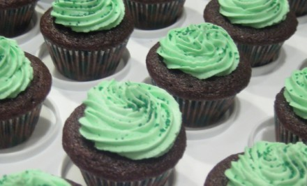 Chocolate_Stout_cupcakes_with_Bailey's_Irish_Cream_frosting_for_St_Patrick's_Day